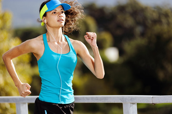 l carnitine helps athlete woman in endurance sport